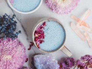 'Moon Milk' Minuman Cantik Yang Lagi Hits Buat Tidur Semakin Nyenyak
