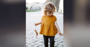 Balita Bunda Semakin Menarik dengan Tren Warna Fashion Tahun 2018